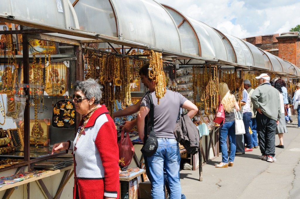 Foreigners purchasing Russian Amber